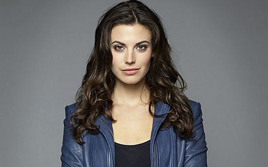 Meghan Ory Age, Height, Husband, Pregnant, Baby