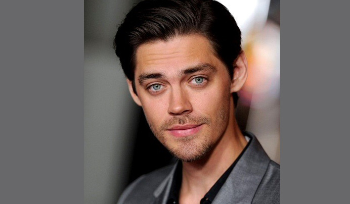 Tom Payne Age, Height, Movies, Girlfriend, Married