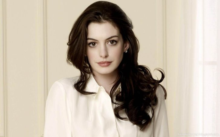 American Actress And Singer, Anne Hathaway's Biography With Net Worth, Affairs, Boyfriend, Husband, Age, Movies, Shows
