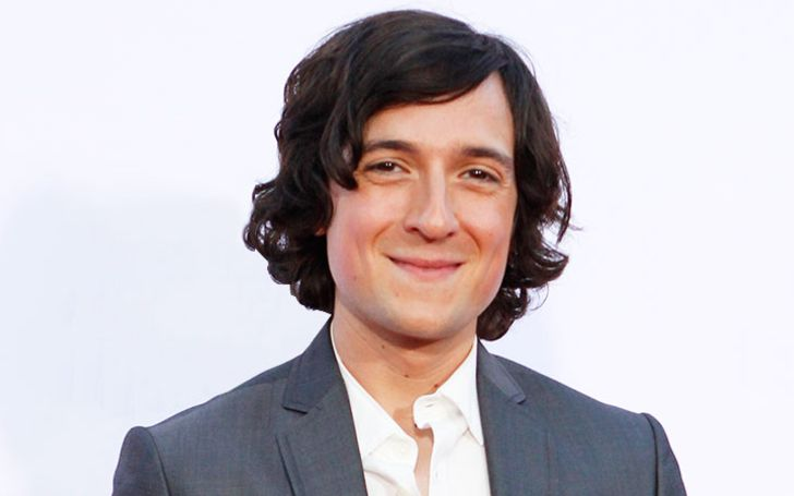 Josh Brener's Biography With Facts Like Wife, Ethnicity, Nationality, Affairs, Married, Height, Net Worth