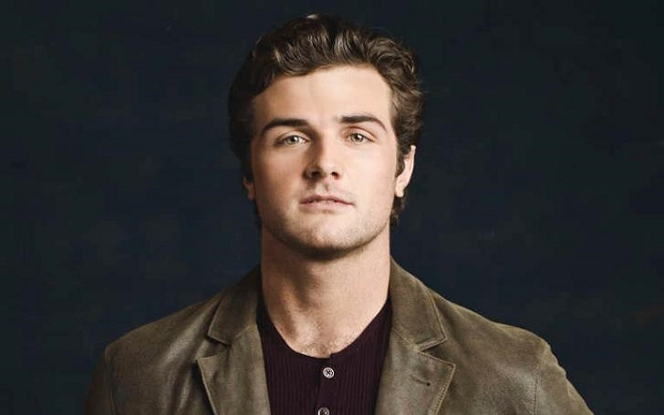 Beau Mirchoff Bio, Age, Wiki, Age, Height, Net Worth, Married, Family