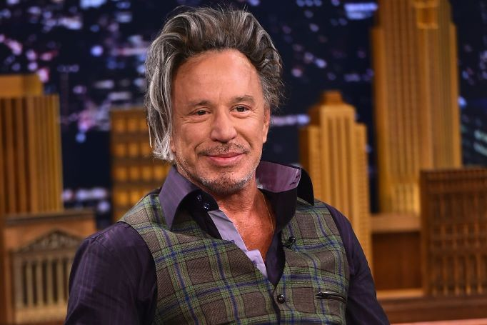 Successful Life Story Of Millionaire Actor Mickey Rourke ...