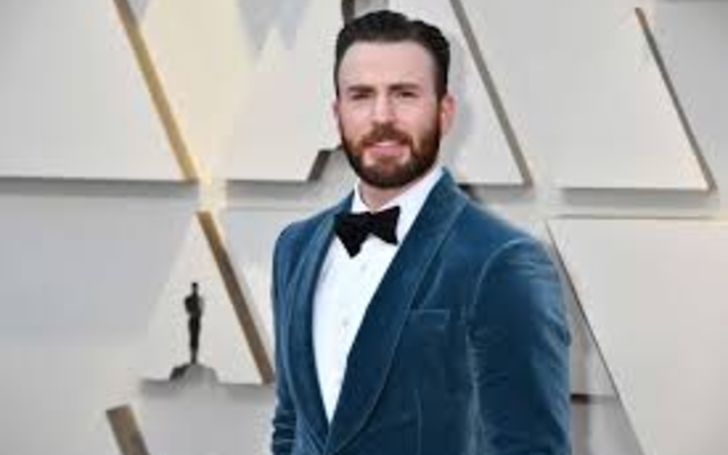 Who Is Chris Evans? Here's Everything You Need To Know About His Age, Height, Net Worth, Measurements, Personal Life, & Relationship
