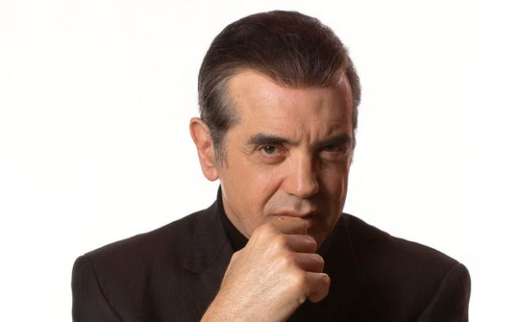 Who Is Chazz Palminteri? Here's All You Need To Know About His Age, Early Life, Career, Net Worth, Personal Life, & Relationship
