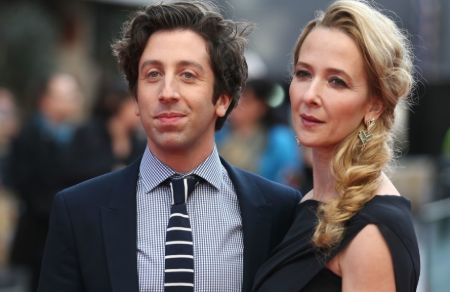Simon Helberg with his wife Jocelyn Towne.