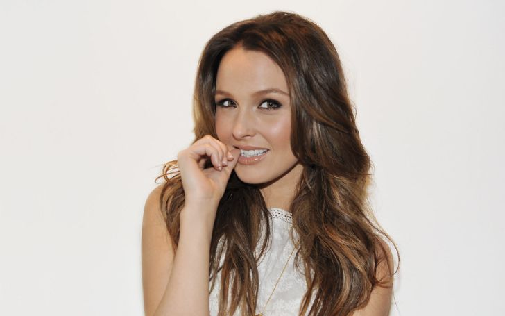 Who Is Camilla Luddington? Here's Everything You Need To Know About Her Age, Height, Net Worth, Measurements, Personal Life, & Relationship