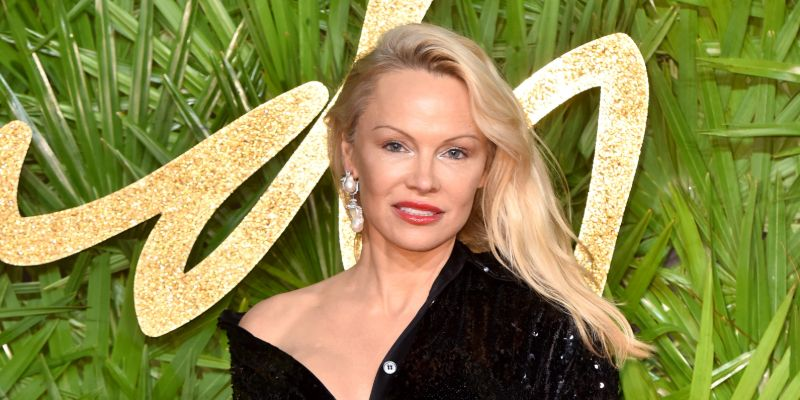 Pamela Anderson Marries Jon Peters In An Intimate Ceremony: This Is Her Fifth Wedding