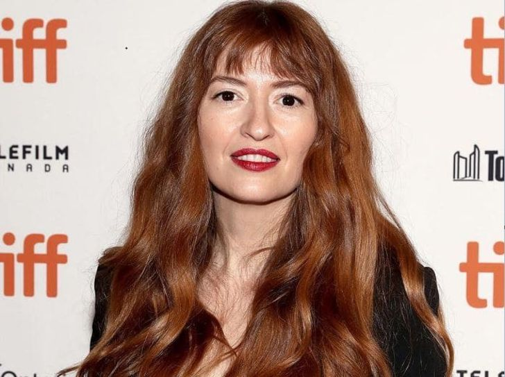"""Queen's Gambit"" Actress Marielle Heller: Age, Height, Net Worth, Husband & Son"