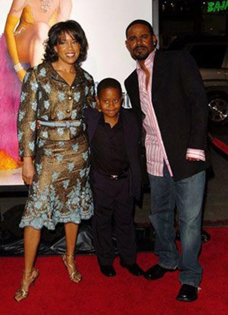 Regina King (left) and her ex-husband Ian Alexander (right) with their son (middle)