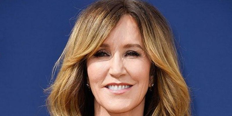 When They See Us Cast Felicity Huffman: 7 Facts About Her Career, & Relationships