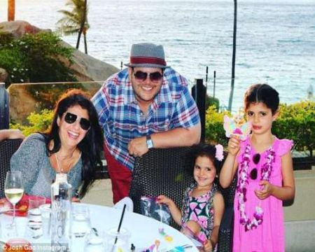 Josh Gad with wife Ida, and their two daughters
