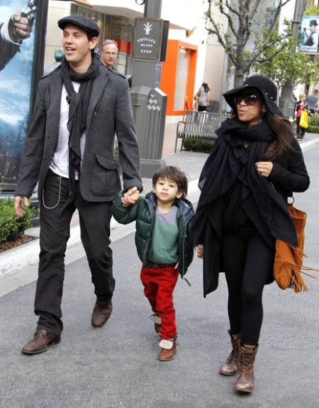 Kevin Alejandro with wife Leslie and son Kaden