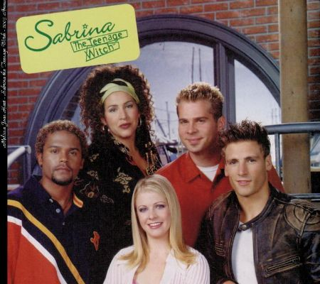 Diana-Maria Riva with the cast of  Sabrina the Teenage Witch