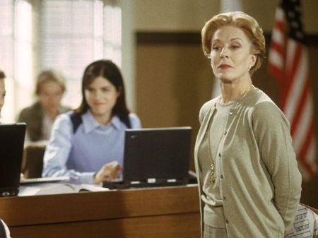 Holland Taylor in Legally Blonde