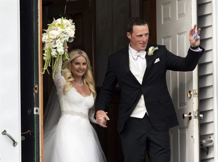 Elisa Cuthbert and Dion Phaneuf's wedding ceremony