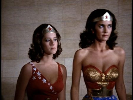 Debra Wigner (left) as Wonder Girl and Lynda Carter (right) as Wonder Woman