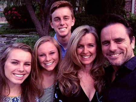 Charles Esten, his wife, and their three children