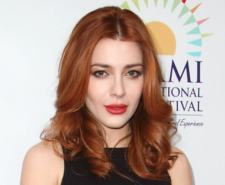 "Who Does ""The Gifted"" Actress Elena Satine Play in Netflix's ""Cowboy Bebop""? Her Age, Height, Husband & Net Worth"