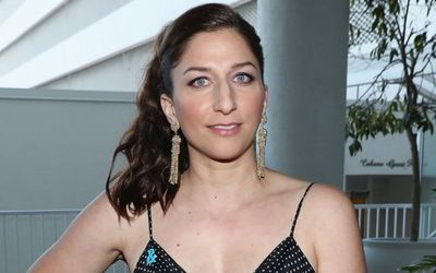 7 Facts About Actor and Comic Extraordinaire- Chelsea Peretti: Departure from Brooklyn Nine-Nine and Personal Life