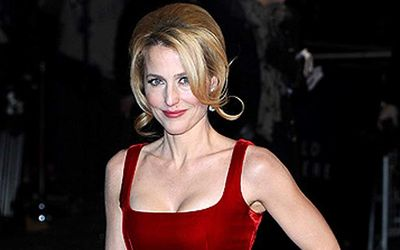 Two Times Divorced Actress Gillian Anderson Is Dating Peter Morgan-Seven Facts About Her