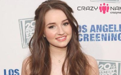 "7 Facts about ""Unbelievable"" and ""Booksmart"" Actress Kaitlyn Dever: She Stars in the ABC/Fox Sitcom, Last Man Standing"