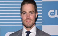 Stephen Amell Wife, Divorce, Children, Married, Net Worth, Age, and Body Measurements!