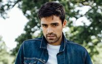 Sean Teale Bio, Wiki, Age, Height, Net Worth, Career, Movies, Family, Instagram