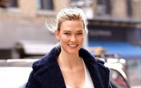 Who Is Karlie Kloss? Get To Know All About Her Early Life, Career, Net Worth, Personal Life, & Relationship Status